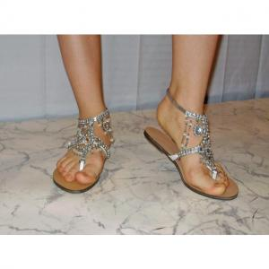 F - Sandals mit Strasssteinen