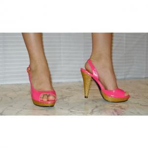 CB - Schöne Sandaletten in Rosé