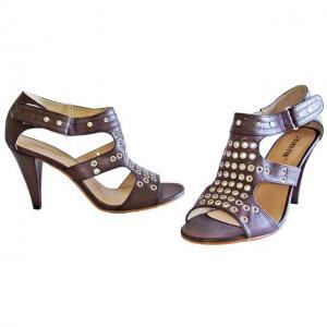 AA - Sandals braun mit Ösen Design